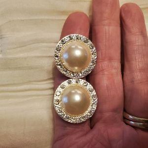 Cream colored pearl/rinestone clip button earrings